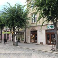 Obchodné, Trenčín, 20 m², Kompletná rekonštrukcia
