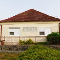 Rodinný dom, Komoča, 132 m², Čiastočná rekonštrukcia