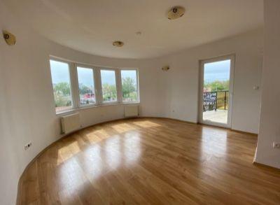 Areté real - Predaj priestranného, veľmi pekného 2-izbového bytu v nadštandardnom bytovom dome, BA-Vrakuňa, Leknová ul.