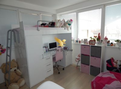Moderný 3-izbový byt s vlastnou záhradou