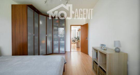 REZERVOVANÝ ! Veľký 2 izbový byt, pri OC Retro, 62m2, plne zariadený, tichý.