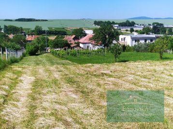 Pozemky pre rodinné domy v obci Pečeňany