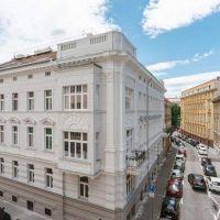 4 izbový byt, Bratislava-Staré Mesto, 102.73 m², Kompletná rekonštrukcia