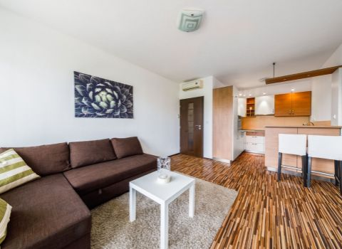 REZERVOVANÝ - na prenájom príjemný 2 izbový byt s veľkou loggiou v novostavbe Račany Bianco