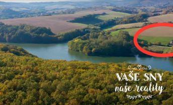 Na predaj rekreačný pozemok s vlastným prístupom k vodnej nádrži Bánov Stará Turá.