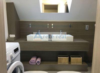 Areté real- ponúkame Vám nový, zrekonštruovaný byt s park.miestom v centre Pezinka+ krb a klíma