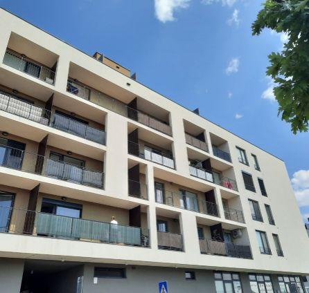 StarBrokers- PREDAJ: Nezariadený 2-izb. byt v štandarde, veľký balkón, park.státie v cene, Slnečnice-Viladomy, Žltá ul.