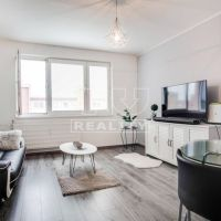 3 izbový byt, Nové Zámky, 61.37 m², Kompletná rekonštrukcia