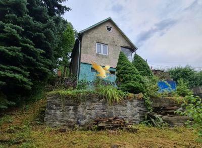 Exkluzívne na predaj krásna chatka vo Zvolene s pozemkom 506 m2