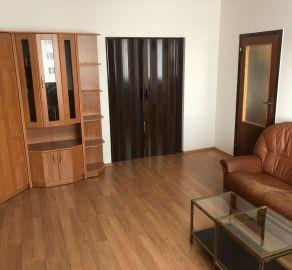 StarBrokers- PREDAJ: Pekný 3-izb. byt so zasklenou loggiou, čiast.rekonšt., začiatok Petržalky- Kapicova ul.