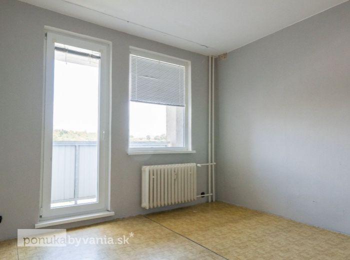 SEGNEROVA, 2-i byt, 56 m2 - ELEKTRIČKA DO CENTRA, kompletná občianska vybavenosť, LÍŠČIE ÚDOLIE NA DOSAH
