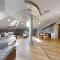 Rodinný dom, Madunice, 388 m², Kompletná rekonštrukcia