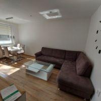 2 izbový byt, Nová Ves nad Žitavou, 51 m², Kompletná rekonštrukcia