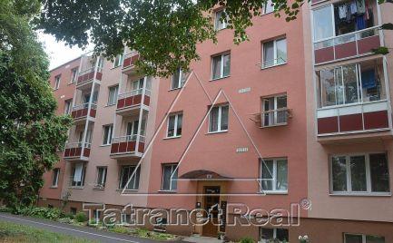 REZERVOVANÉ - 2 izbový byt v centre Humenného