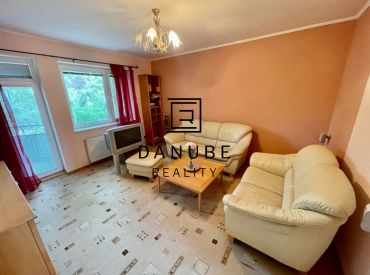 Predaj 3-izbový byt s výhľadom do parku v Bratislave-Novom meste, Chemická ulica.