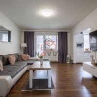 Rodinný dom, Trenčianska Teplá, 180 m², Kompletná rekonštrukcia