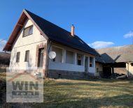 Zrekonštruovaný rodinný dom na veľkom pozemku /6375m2/ vo vyhľadávanej lokalite Zaježová