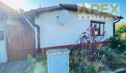 Exkluzívne APEX reality starší rodinný dom v pôvodnom stave v H. Zeleniciach, 162 m2