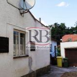 Na predaj 5- izbový rodinný dom v Malackách