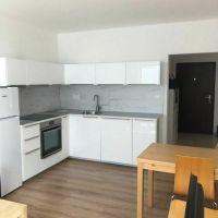 2 izbový byt, Bratislava-Ružinov, 66 m², Kompletná rekonštrukcia