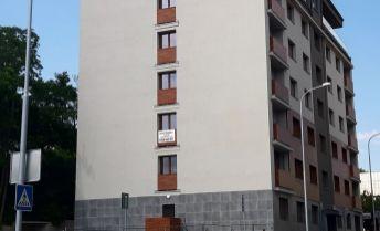 TOP ponuka iba u nás .prenájom 2 izb bytu v centre mesta