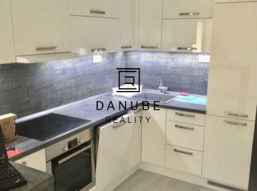 Predaj zariadený 2-izbový byt neďaleko Bratislavy v Dunajskej Lužnej