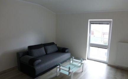 Na prenájom kompletne zrekonštruovaný 2i byt s vlastným dvorom a parkovacím miestom na Hradskej ul.