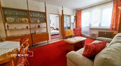 Ponúkame Vám na predaj 3 izbový byt, 65 m2, ul. Lúčna, Prievidza