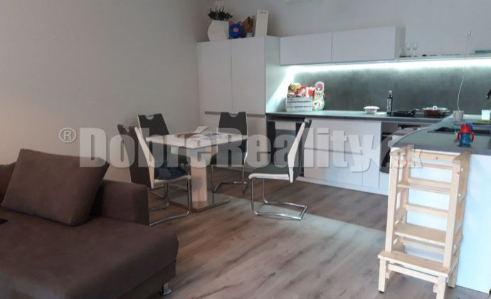 Na prenájom 2 izbový byt Nitre -  rezidencia TABÁŇ