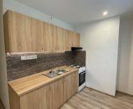 Na prenájom 2 izbový byt 56 m2 Handlová FM1120