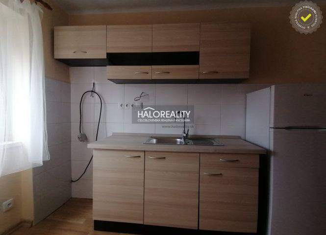 2 izbový byt - Revúca - Fotografia 1