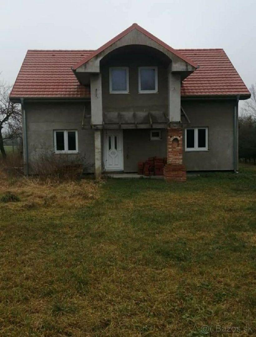 Rodinný dom-Predaj-Veľká Paka-85 000 €
