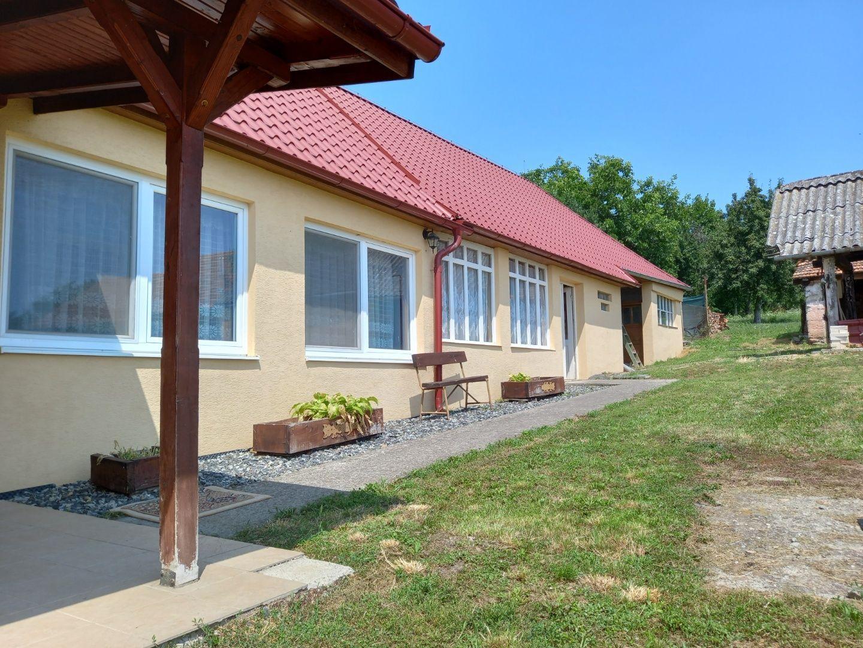 Rodinný dom-Predaj-Devičany-87 900 €