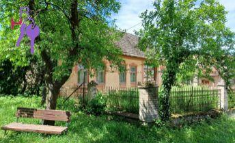 Samostatne stojaci štvorizbový dom vhodný na kompletnú rekonštrukciu
