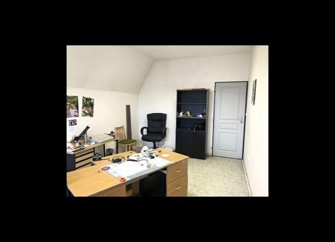 kancelárie - Zvolen - Fotografia 1