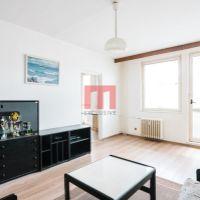 3 izbový byt, Bratislava-Karlova Ves, 75 m², Čiastočná rekonštrukcia