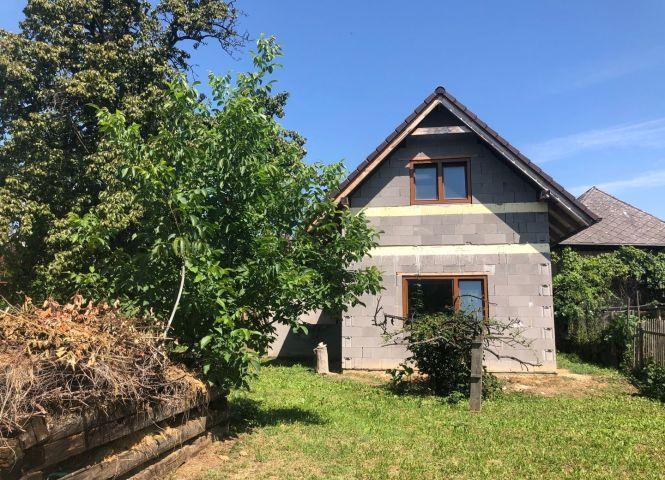 Rodinný dom - Lazany - Fotografia 1