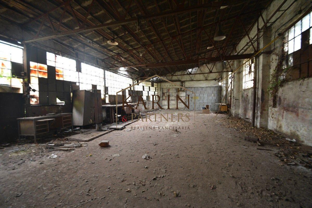 PREDAJ - výrobno - prevádzkový areál Trnava - centrum
