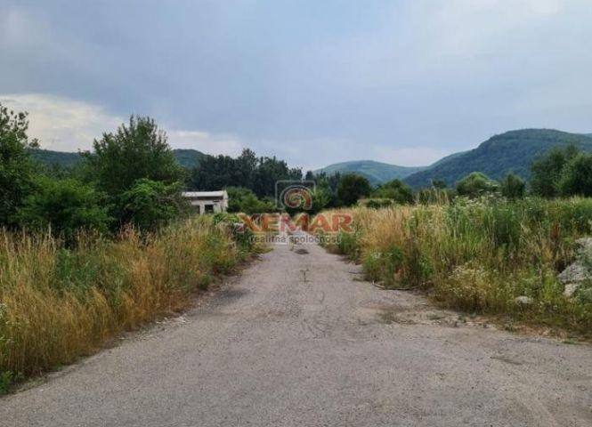 iný stavebný pozemok - Budča - Fotografia 1