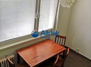 Prenájom 2 izbového bytu v Nových Zámkoch na ul. T. G. Masaryka