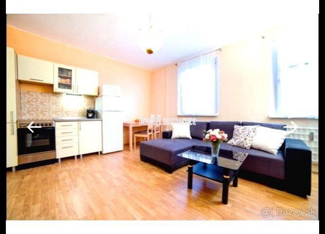 1 izbový byt - Levice - Fotografia 1