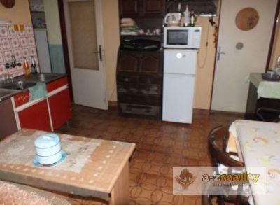 3105 Na predaj starší rodinný dom v Dedine Mládeže