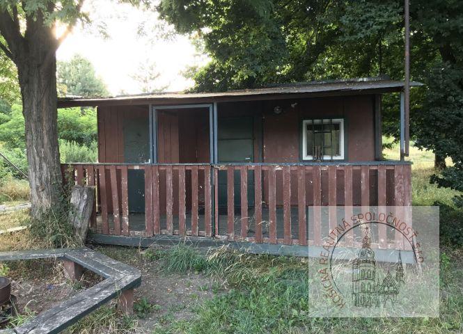 chata, drevenica, zrub - Michalovce - Fotografia 1