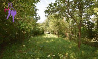 Záhrada o výmere 841m2