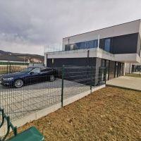 Rodinný dom, Piešťany, 226 m², Novostavba
