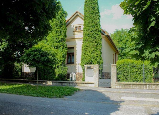 Rodinný dom - Prešov - Fotografia 1