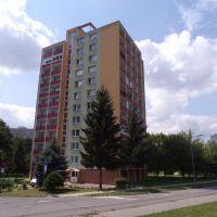3 izbový byt, Prievidza, 76 m², Čiastočná rekonštrukcia