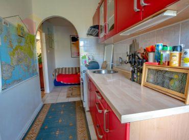 Na predaj 3,5-izbový byt + KK, Bancíkovej ul., 77 m², Ružinov-Pošeň, výborná dispozícia, vyhľadávaná pokojná lokalita