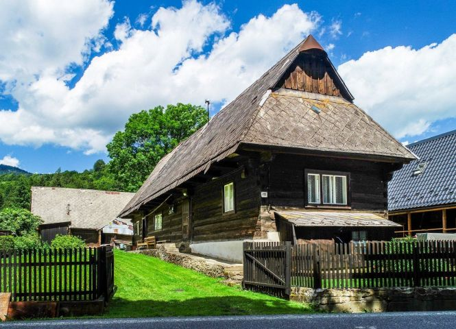 Rodinný dom - Oravský Podzámok - Fotografia 1