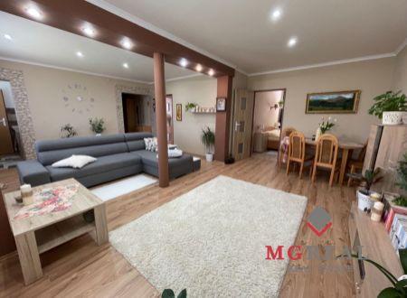 3 izbový byt  balkónom Malé Ripňany s garážou a altánkom